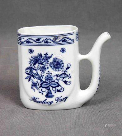 Lechera en porcelana BOHEMIA, en blanco y azul cobalto, con