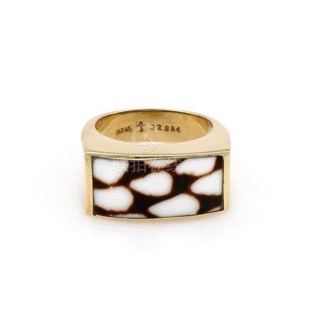 18K Yellow Gold Seaman Schepps Marble Cone Ring