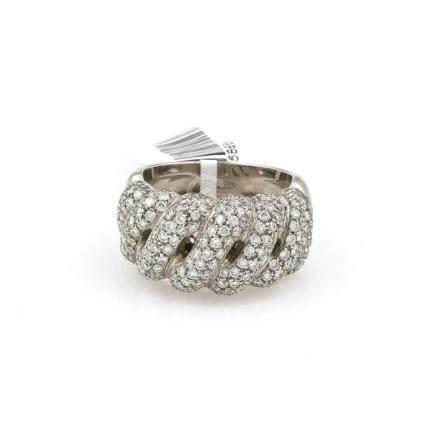 18Kt White Gold Diamond Pave Ring