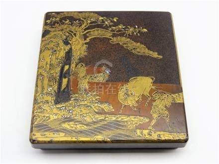 Japanese lacquer writing box, Edo period (18th Century), the box and cover decorated in gold,