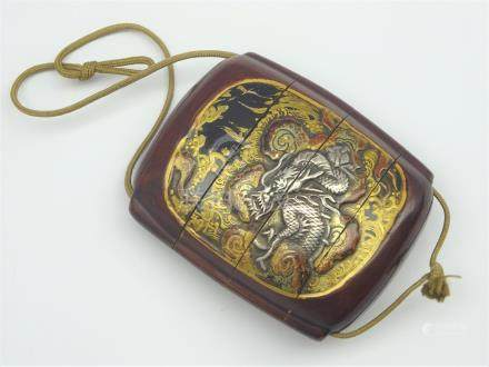 Japanese Three-Case lacquer Inro, Edo period (18th Century) decorated with dragon cartouches