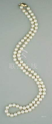 TIFFANY AND CO. 6.0-6.5MM 22 INCH PEARL STRAND
