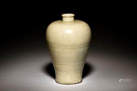WHITE GLAZED VASE, MEIPING