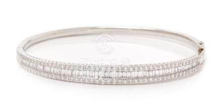 A White Gold and Diamond Bangle Bracelet, 9.60 dwts.