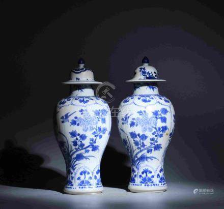 QING DYNASTY KANGXI PERIOD BLUE AND WHITE PORCELAIN