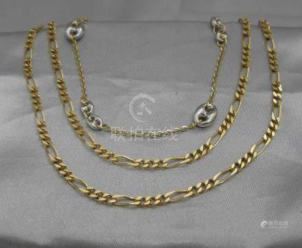 Deux colliers en or jaune 750 millièmes, l'un à maille gourmette alternée, l
