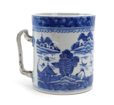A Chinese blue and white tankard of cylindrical form,