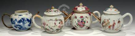 FOUR CHINESE EXPORT PORCELAIN FAMILLE ROSE AND BLUE AND WHITE TEAPOTS AND THREE COVERS, C1760-80