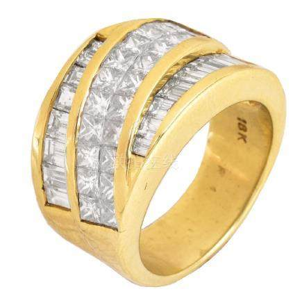3.45ct TW Diamond and 18K Gold Ring