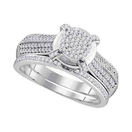 0.50 CTW Diamond Cluster Bridal Engagement Ring 10KT
