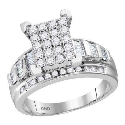 0.92 CTW Diamond Cluster Bridal Engagement Ring 10KT
