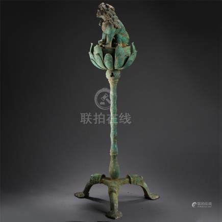 CHINESE ANCIENT BRONZE SEATED BEAST ON LOTUS INCENSE CAGE