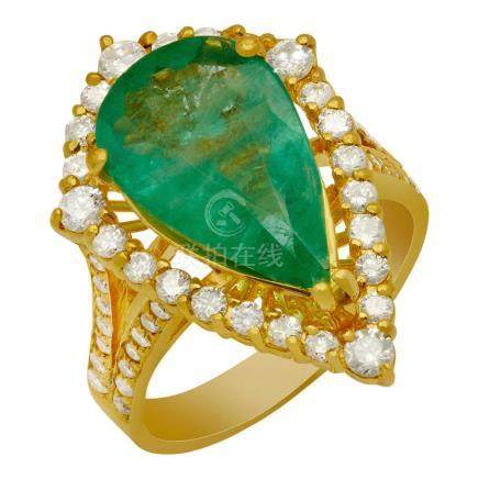 14k Yellow Gold 3.75ct Emerald 1.02ct Diamond Ring