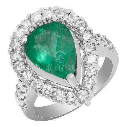 14k White Gold 3.71ct Emerald 1.39ct Diamond Ring