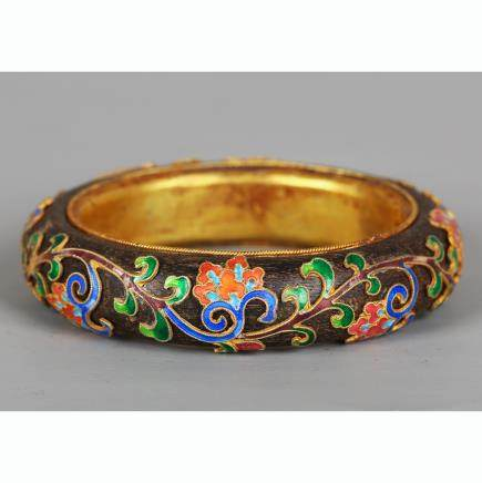 CHINESE CHENXIANG WOOD BANGLE WITH SILVER ENAMEL