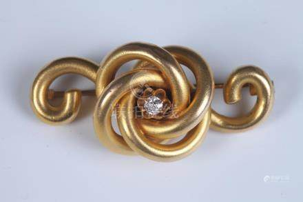 VICTORIAN YELLOW GOLD AND OLD MINE-CUT DIAMOND SCROLL-AND-KN