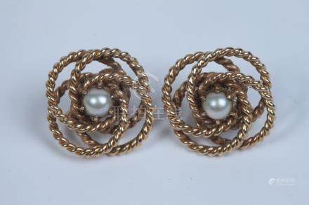 PAIR 14K YELLOW GOLD AND CULTURED PEARL SPIRALING ROPE-DESIG