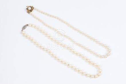TWO CULTURED PEARL CHOKERS. - Each app. 16 in.