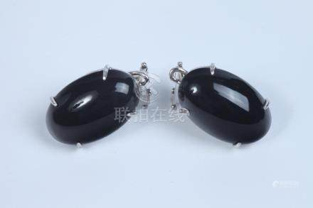 PAIR ITALIAN 18K WHITE GOLD AND BLACK ONYX OVAL EARRINGS FIT