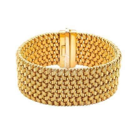 18 Karat Gold Mesh Bracelet