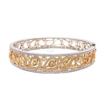 18KT Gold, Yellow Diamond Bangle-Bracelet