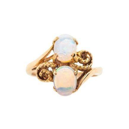 14 KT Yellow Gold and Opal Ring