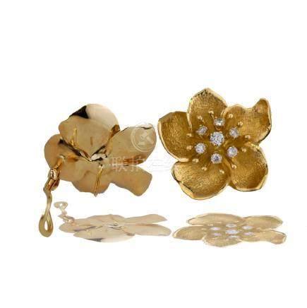Floral, Hallmarked .70 Carat Diamond 18 Karat Yellow