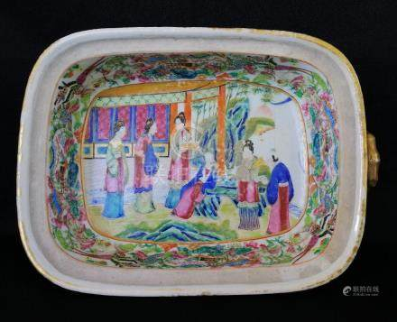 NICE CHINESE QING DYNASTY PORCELAIN CANTON TUREEN
