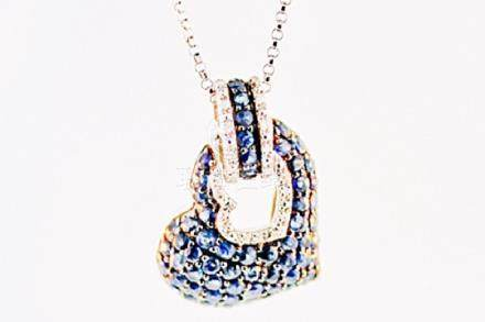 SILVER PENDANT WITH SAPPHIRE AND DIAMOND
