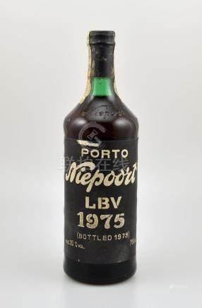 1 bottle 1975 Niepoort Porto LBV, approx 75 cl, 20 %