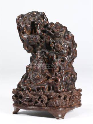 CHINESE AGARWOOD FIGURE OF SCHOLAR
