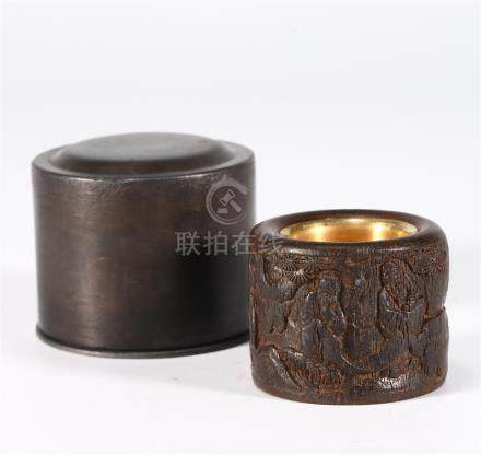 CHINESE AGARWOOD THUMB RING AND WOOD BOX