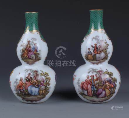 A FINE PAIR OF MEISSEN DOUBLE GOURD FORM BOTTLE VASES