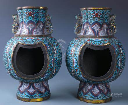 A PAIR OF CHINESE CLOISONNE ENAMEL WALL VASE