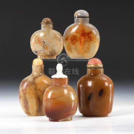 5 Snuffbottles - Mineralien.Five Snuff Bottles made from Minerals, incl. Agate.Alle in gedrungener
