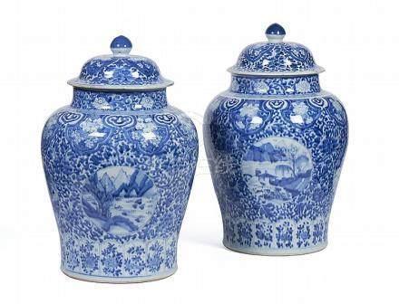 Par de grandes potes com tampa em porcelana (2)