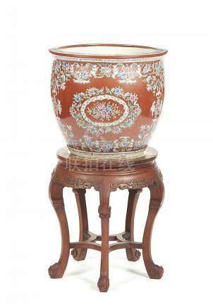 Aquário em porcelana chinesa c/base em madeira