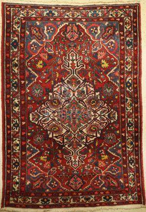 Bakhtiar Rug, Persia, around 1950/60, wool on cotton