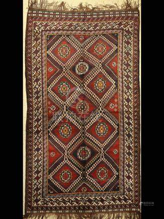 Luri Rug, Persia, around 1940, wool on wool, approx. 303