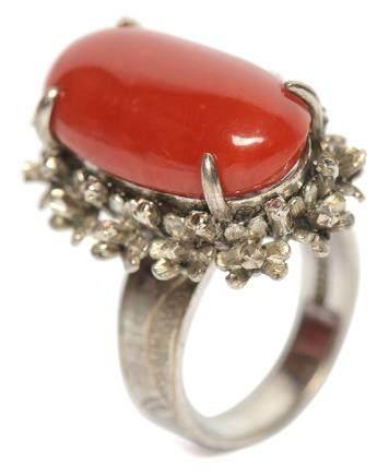 K白金鑲珊瑚戒指