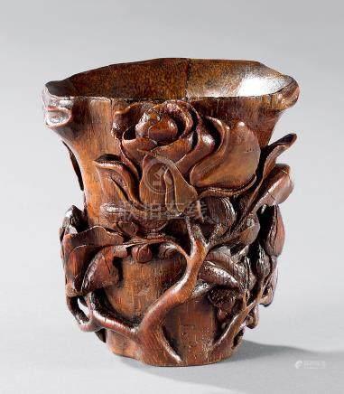 17世纪 竹雕玫瑰花纹杯