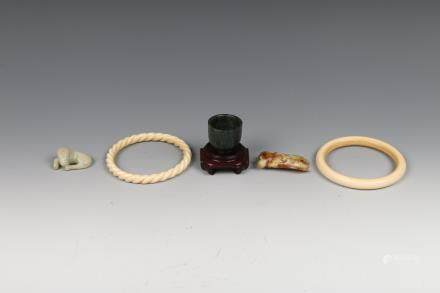 GROUP OF FIVE CHINESE OBJECTS