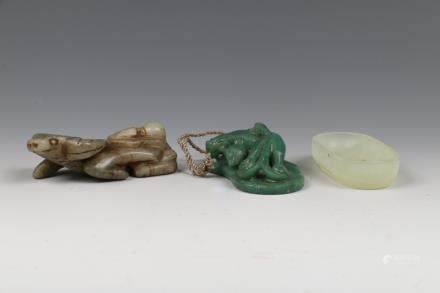 SET OF THREE CHINESE JADE CARVINGS