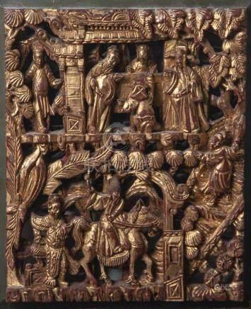 Holzschnitzarbeit, China, 20. Jahrhundert, feine Durchbrucharbeit, über Rotlack vergoldet.Ca. 35 x