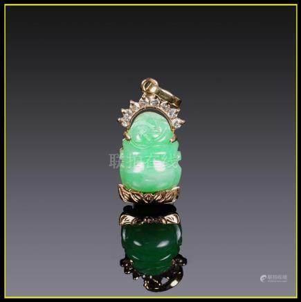 """PENDENTIF en or jaune 14 carats serti d'un budai / putai en jade jadéite """"vert"""
