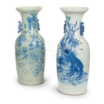 2 Chinese white and blue porcelain vases, 19th century