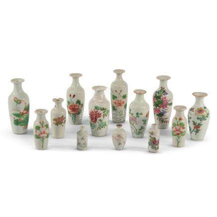 A collection of 13 Chinese porcelain small vases