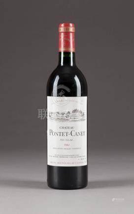 CHÂTEAU PONTET-CANET 1982 PAUILLAC  6 Flaschen, 0,75l; 5 Flaschen (hf), 1 Flasche (in), Etiketten min. besch., bei einer Flasche: Kapsel min. besch.  Bedeutende rheinische Privatsammlung.