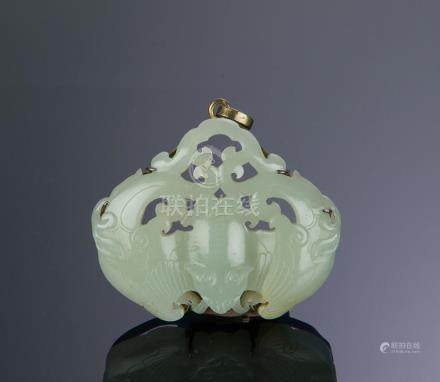 CHINESE JADE PLAQUE W/ BATS, 18TH - 19TH CENTURY