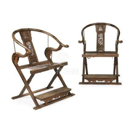 PAIR OF ELM HORSESHOEBACK FOLDING ARMCHAIRS, JIAOYILATE QING DYNASTY/REPUBLIC PERIOD each with a
